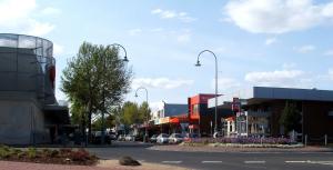 Altona,_Victoria_main_street