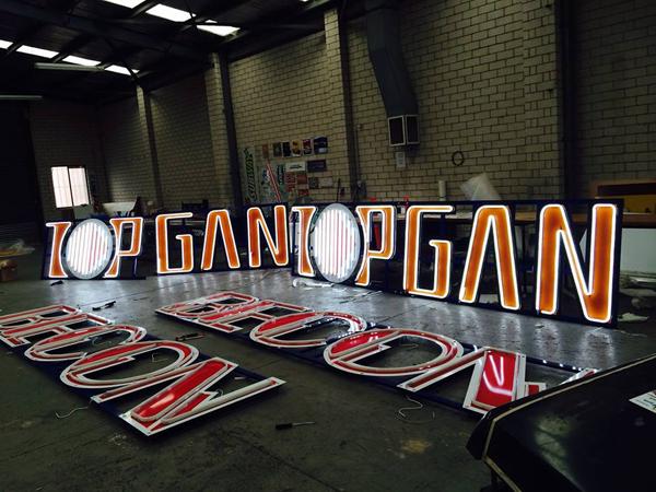 Topgan Tower Crane Signage